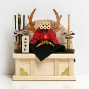 木製五月人形がおすすめ!木製の兜・鯉のぼり